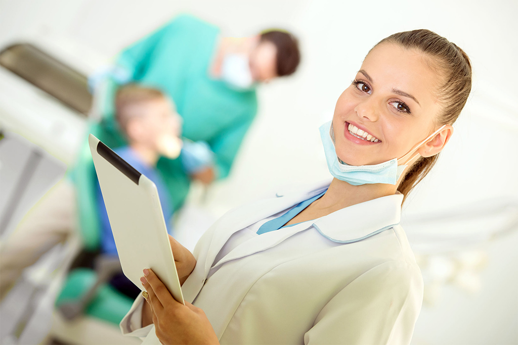 trabajamos con mútuas y seguros dentales